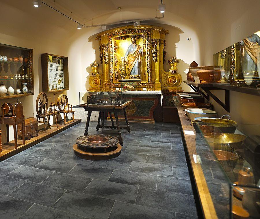 Nuevo Libro: Índices de los Libros Oficiales del Convento de la Anunciación de Alba de Tormes