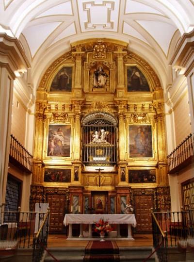 Retablo Mayor en Carmelitas descalzas, Sepulcro de Santa Teresa